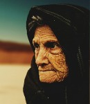 old-woman-574278_1280