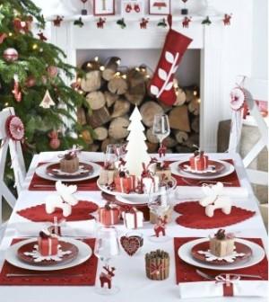 kolaz-vanocni-dekorace-stolu-1